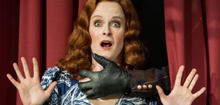 """Der Rächer"": Imperial Theater legt Edgar Wallace auf. (Der-Raecher-The-Avenger-Adele Leamington (Jessica Neumann) ""Der Schrei"")"