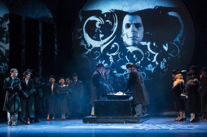 Dracula: Premiere 16.04.2016 // Chor und Ensemble der Musikalischen Komödie