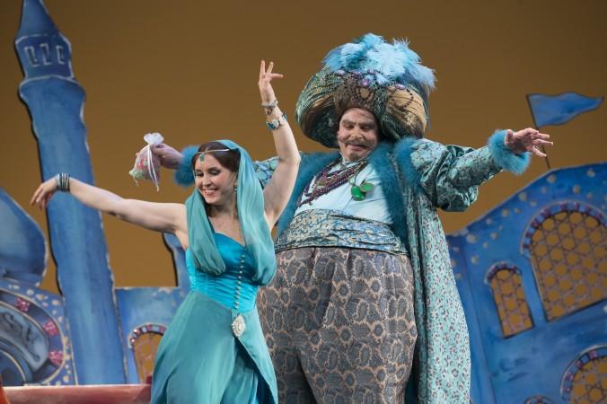 Premiere 08.11.2014 // Prinzessin (Paula Rummel) & Sultan (Jürgen Kurth)