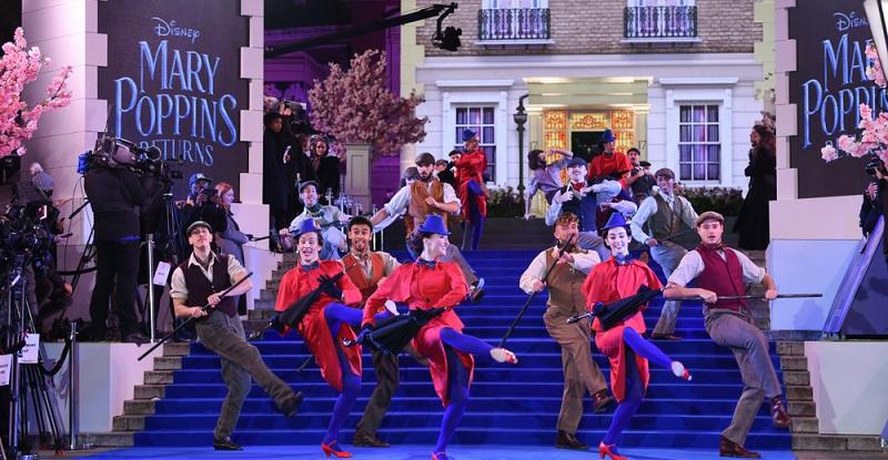 Passend zum neuen Kinofilm stellt es auch eine hervorragende Idee dar, das Musical Mary Poppins zu besuchen.